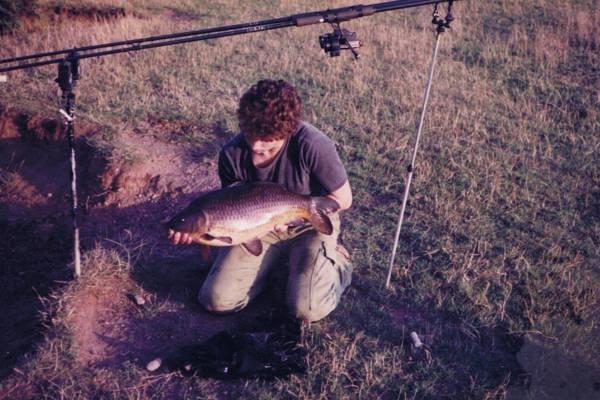 Pescuit la crap in 1970 , deja au aparut si suportii semi profesionali